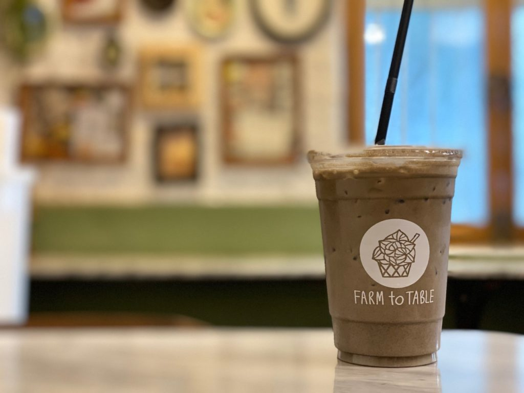 Farm to Table, Organic Cafe