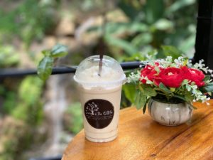 Jungle De Cafe