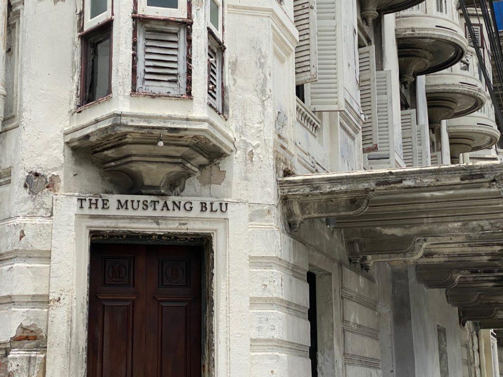 The Mustang Blu